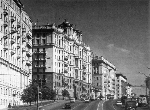 Улица Чкалова (Земляной Вал), середина XX века